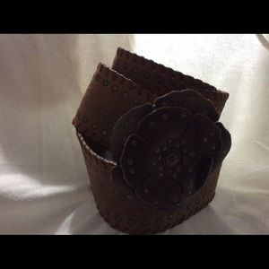Chicos Wide Brown Leather Belt with Flower Buckle